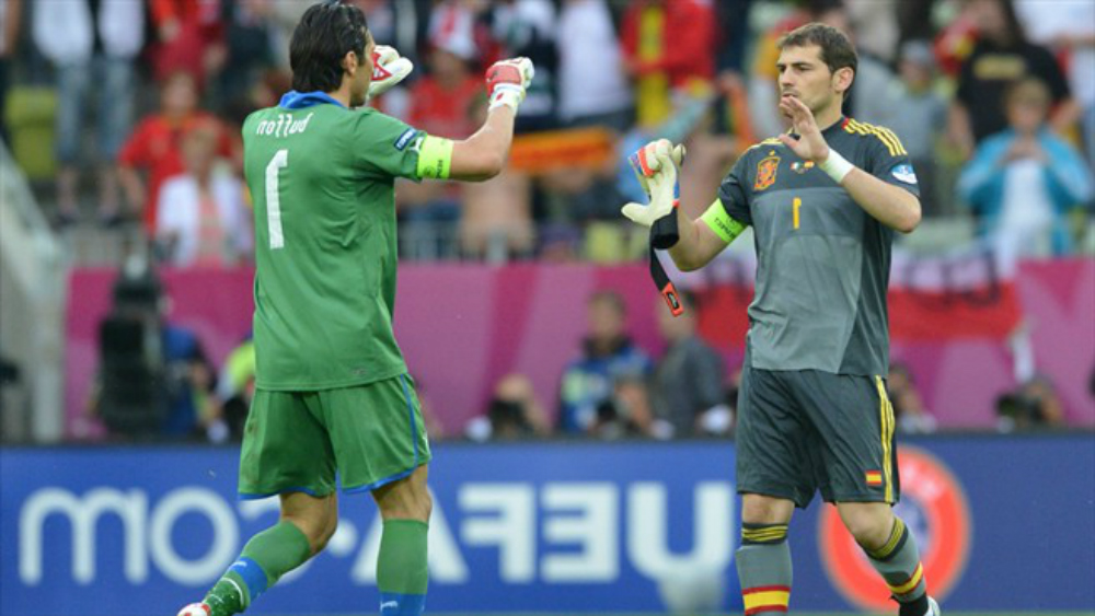 Iker Casillas vs Gianluigi Buffon